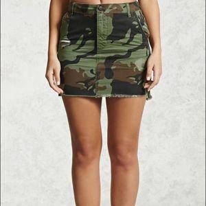 Camo Mini Skirt - NWOT!